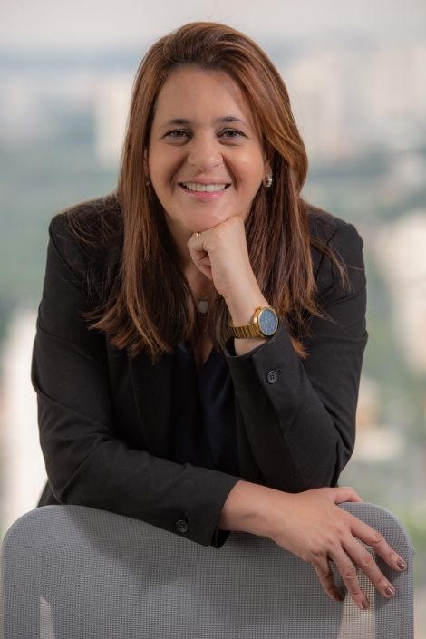 Retrato da Simone Ramos, Head Sales Corporate Brazil na Marsh