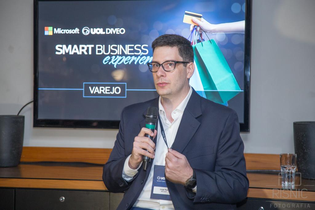 Foto com Jorge Tressino Rua da Microsoft no Evento da Uol Diveo