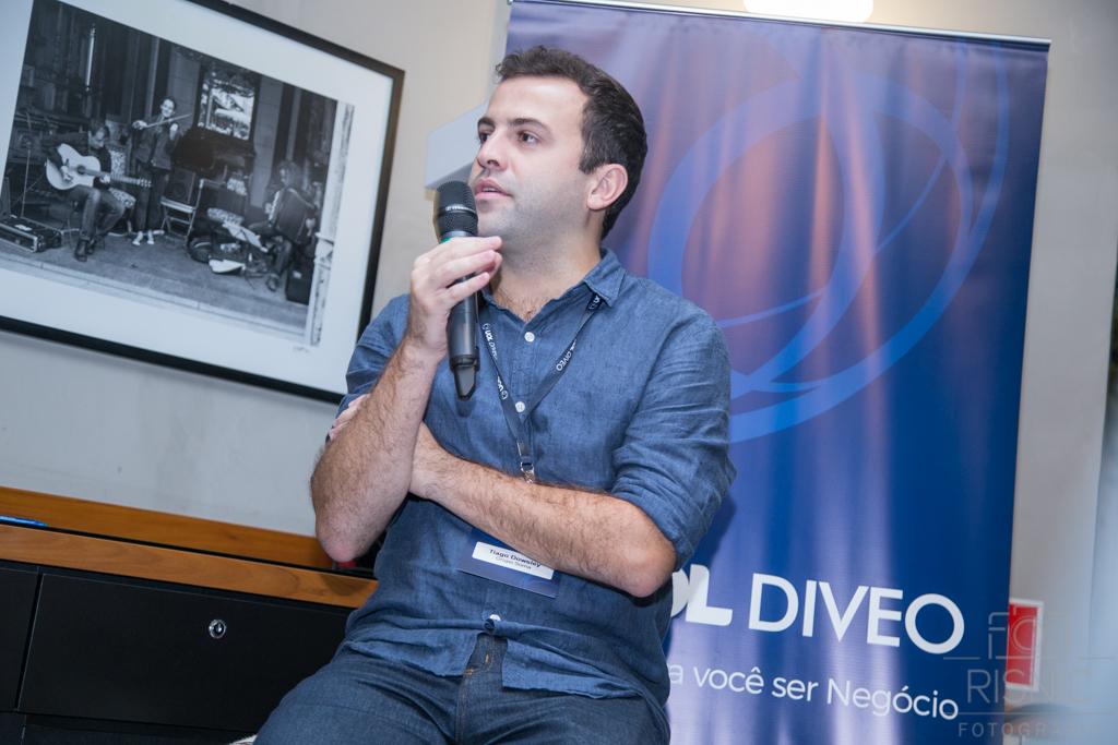 Tiago Dowsley, Head de Digital no Grupo de Moda Soma no Evento da Uol Diveo