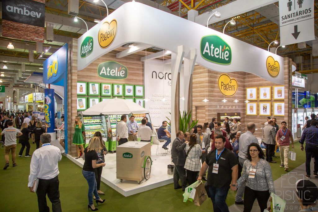Foto do Stand do Ateliê na Feira APAS 2018, realizada no Expo Center Norte