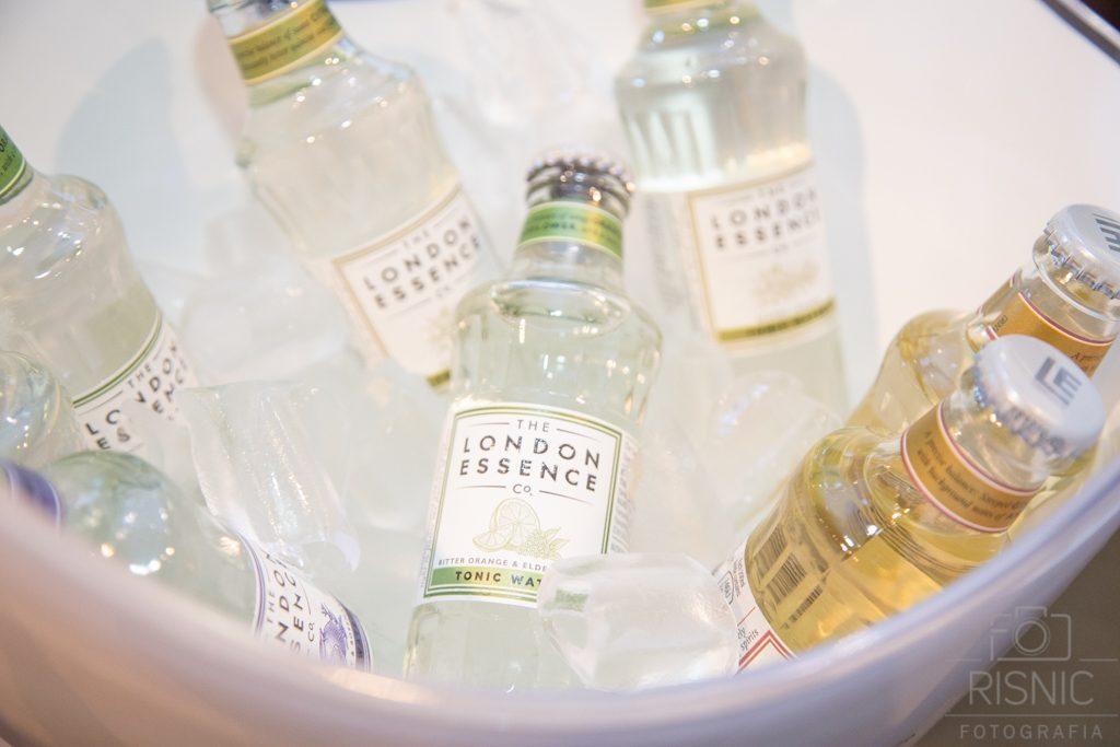 Tônicas da London Essence no Evento World Gin Day em São Paulo, realizada na Casa Bossa