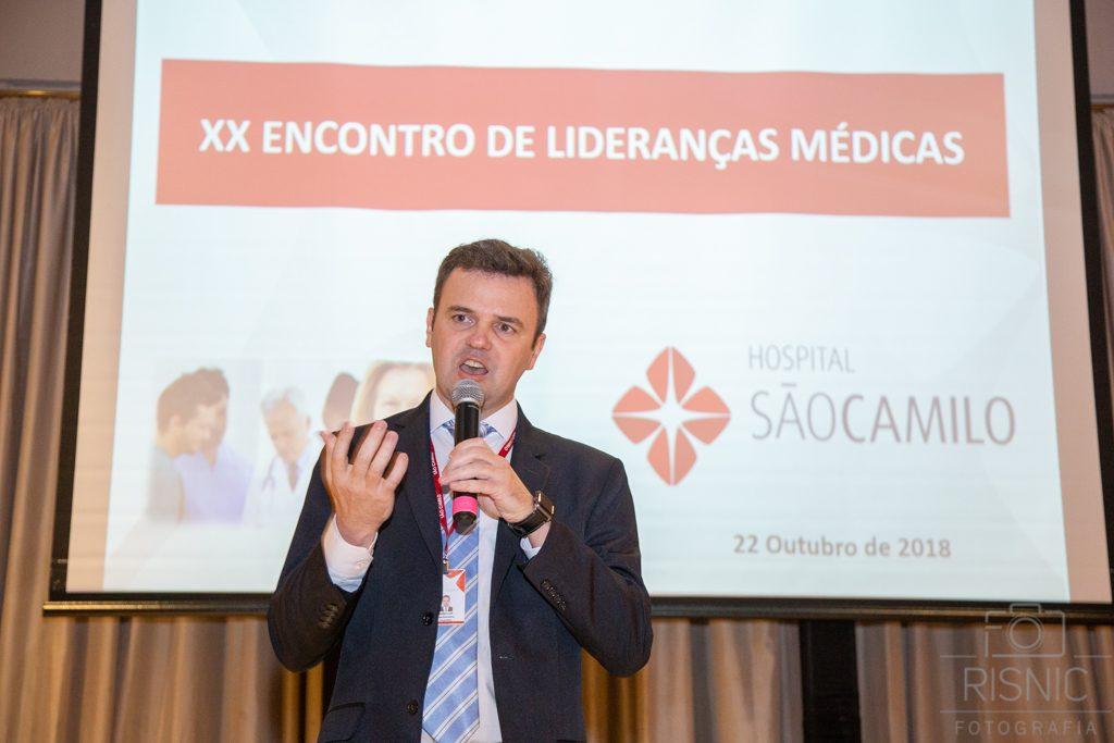 Superintendente Mário Luís Kozik do Hospital São Camilo no evento XX Encontro de Lideranças Médicas