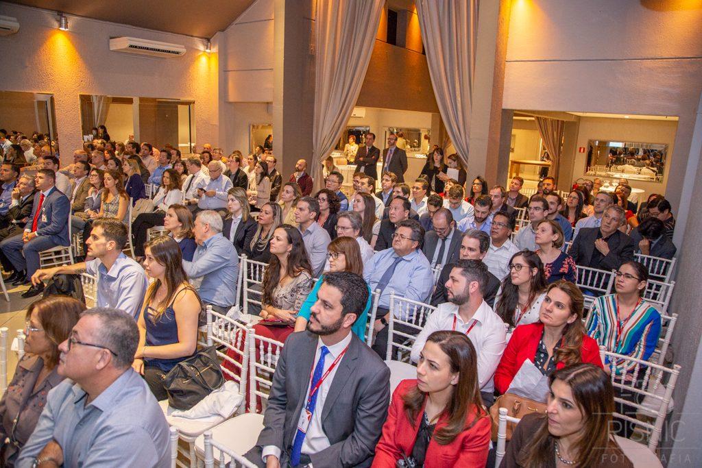 Platéia do evento XX Encontro de Lideranças Médicas, organizado pelo Hospital São Camilo