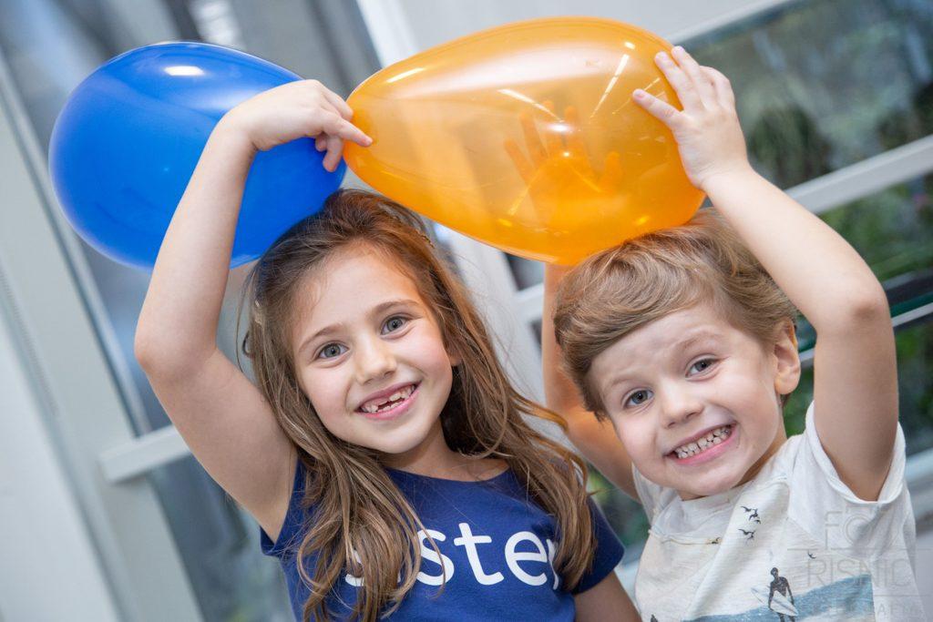 Kids day no escritório Neoway: diversão no escritório