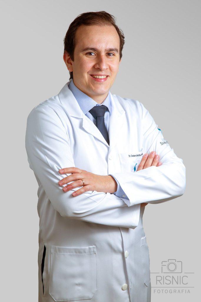 Retrato Corporativo do Médico Especialista Gustavo Bonilha Lisboa