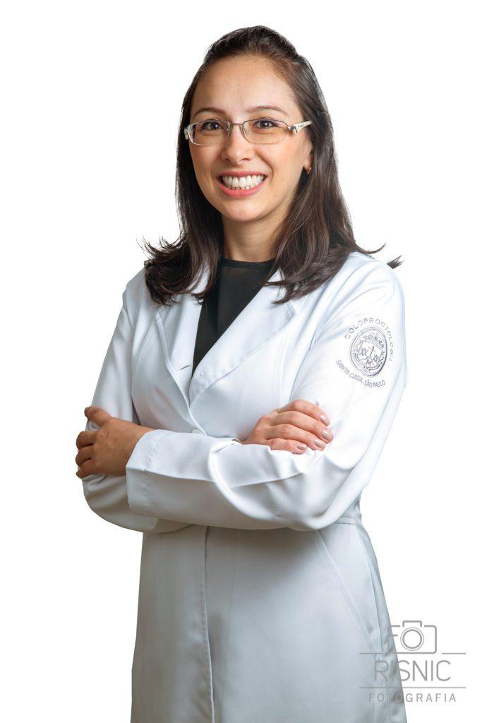 Retrato Corporativo da Médica Especialista Thais, da Santa Casa