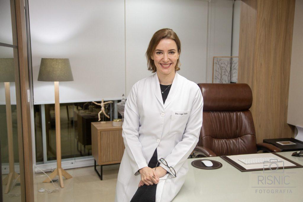 Retrato Corporativo da Médica Oncologista Lígia Toledo