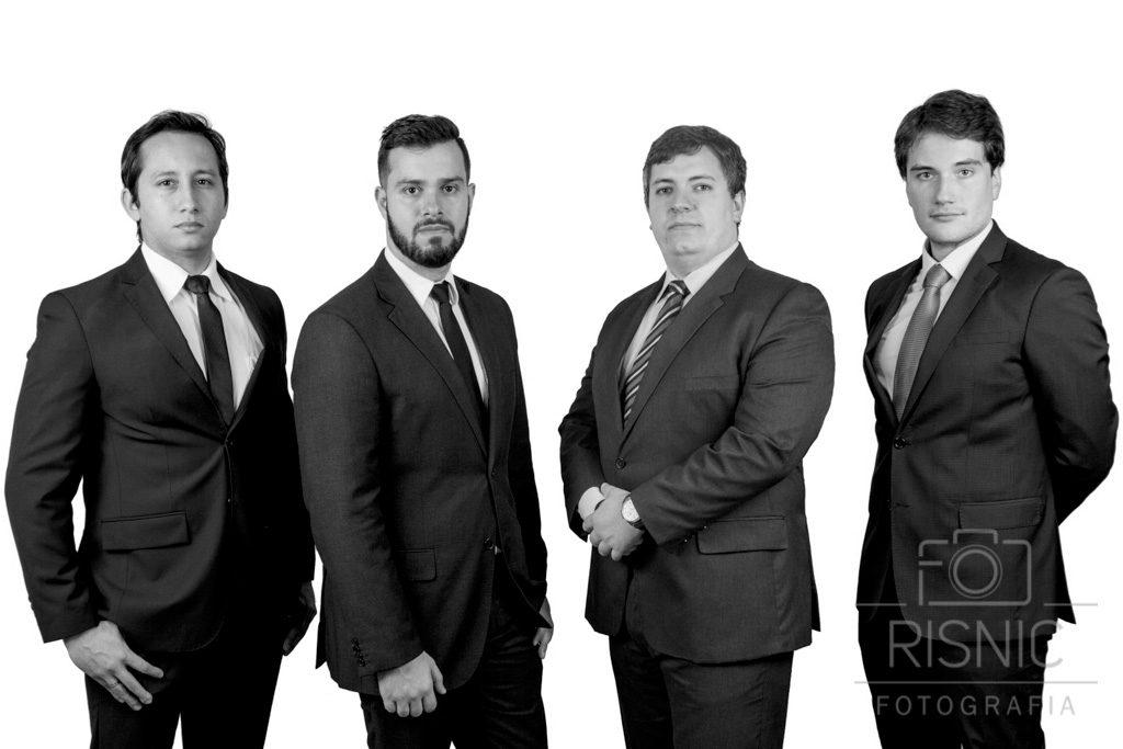 Retrato advogados em preto e branco